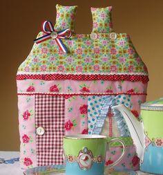 Alices Cottage BLUE BOWL TEA COZY   USA