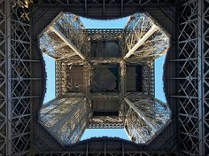 La dame de fer va grandir  L'agrandissement de la Tour Eiffel est à l'étude