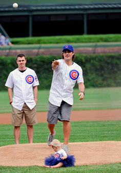 Sharpie had some company for his first pitch at Wrigley: Dave Bolland, Jamal Mayers, Tony Esposito, Pat Foley, and his daughter Madelyn.