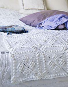 Cathrines Kreative Hjørne: Pent på sengen!