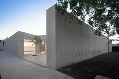 Gallery of Sant Josep Library / Ramon Esteve - 16