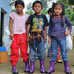 ROMA frequently travels to Guatemala to donate rain boots to children living in poverty. #travel #GivingPovertyTheBoot