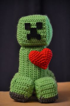 Crochet Minecraft Creeper Slippers Tutorial - YouTube | 354x236