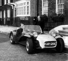 Patrick McGoohan as Number 6 and Angelo Muscat as The Butler for The Prisoner Caterham Super 7, Lotus 7, Triumph Tr3, History Of Television, Lotus Design, Great Tv Shows, Great Films, Old Tv, Sport Cars