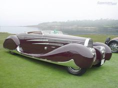 Bugatti Tipo 57C Van Vooren   Cabriolet 1939.  I love the chrome detailing on this car.