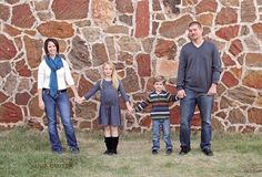 Fall Family of 4 - family poses