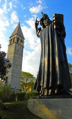 Grgur Ninski statue in front of the Northern Gate: http://bbqboy.net/highlights-visit-diocletians-palace-split-croatia/ #split #croatia