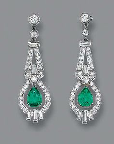 A PAIR OF ART DECO EMERALD AND DIAMOND EAR PENDANTS. Each designed as a pear-shaped emerald drop suspended from a baguette and single-cut diamond surround to the geometric surmount, circa 1930 Bijoux Art Deco, Art Deco Earrings, Art Deco Jewelry, Jewelry Design, I Love Jewelry, Fine Jewelry, Antique Jewelry, Vintage Jewelry, Diamond Earing