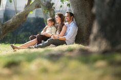 Führt die Vereinbarkeit von Kind und Karriere zwangsläufig zu Konflikten? Und wie vereinbar sind Familie und Beruf tatsächlich? Ein Interview und exklusiver Buchauszug...  http://karrierebibel.de/vereinbarkeit-kind-und-karriere-gleich-konflikt/