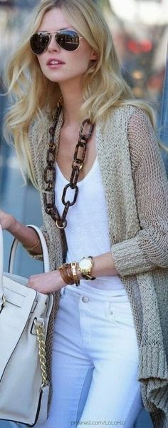 Knitted cardigan, white shirt and white pants with handbag