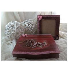 Κουτι εγγραφων και κορνιζα με μεικτες τεχνικες. Mix media on wood!