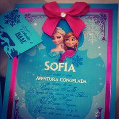 """Invitacion """"doble"""" para el cumpleaños de Sofia y Juan Andrés. De este lado tenemos a Frozen... Ideas Para Fiestas, Frozen Party, Invitations, Birthday, Kids, Bella, Party Ideas, Ticket Invitation, Frozen Invitations"""