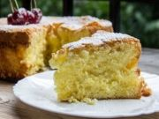 Gluten-Free Lemon Sponge - Five Euro Food. Naturally gluten free and with all the protein from the eggs, there's no blood sugar spikes. Gluten Free Lemon Cake, Gluten Free Deserts, Gluten Free Sweets, Gluten Free Cakes, Foods With Gluten, Gluten Free Baking, Wheat Free Recipes, Dairy Free Recipes, Sweet Recipes