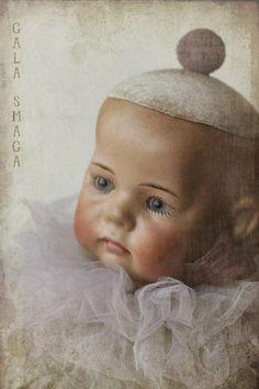Very rare and valuable antique doll head by Phillip Kammer & Reinhardt, #115 / A. Porcelain head, arms & legs. via Gala Smaga