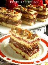Ingrediente blat de biscuiti: * 200 g de biscuiti Petit Beurre * 100 g unt My Recipes, Cake Recipes, Dessert Recipes, Cooking Recipes, No Cook Desserts, Delicious Desserts, Romanian Desserts, Good Food, Yummy Food