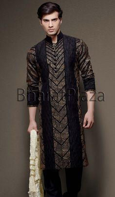 Irresistible Velvet Patch Kurta  Item code : SKB2111   http://www.bharatplaza.in/new-arrivals/kurta-pyjamas/irresistible-velvet-patch-kurta-skb2111.html  https://www.facebook.com/bharatplazaindianbridal  https://twitter.com/bharatplaza_in