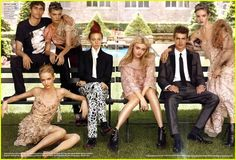 Miranda Kerr, Hayden Christensen, Seth Meyers, Dakota Fanning, Rachel Weisz and Naomi Watts are all featured in the September 2010 issue of Vogue