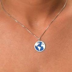 World Map Necklace. #Jewelry #customjewelry #Jewelryideas #handmadejewelry #bracelet #necklace #jewelryart #jewelryfashion #jewelrylovers #elegantjewelry #jewelryoftheday #jewelrystyle #jewelryinspiration #jewelrylover #pendant #pendants #pendantnecklce #pendantbracelet #barnecklaces #gift #gifts #womensfashion