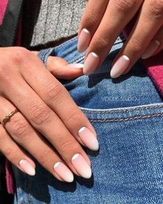 Ombre Nail Designs, Acrylic Nail Designs, Nail Art Designs, Acrylic Nails, Nails Design, Ombre Nail Art, Salon Design, How To Ombre Nails, Minimalist Nails
