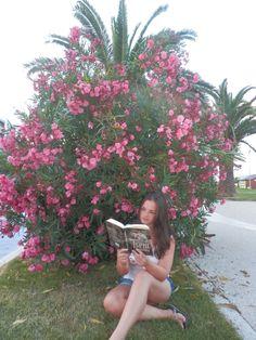 Táňa a Jsem roztříštěná v Itálii http://www.cooboo.cz/vydali-jsme/jsem-roztristena