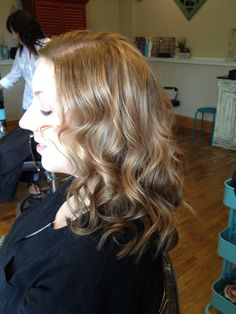 Spotlights technique #hairbycassie@bellamicisalon