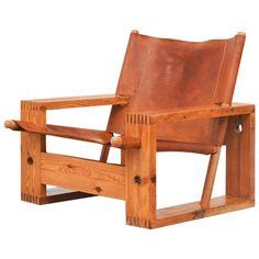 Leather Crate Lounge Chair by Aat Van Apeldoorn for Houtwerk Hattem 1 Furniture Projects, Furniture Plans, Cool Furniture, Furniture Design, Furniture Vintage, Furniture Stores, Wood Projects, Wooden Chair Plans, Chair Design Wooden