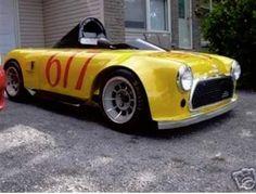 Classic Mini, Classic Cars, Jaguar, Mustang, Mini Cabrio, Diy Go Kart, Mini Copper, Triumph Spitfire, Four Wheelers