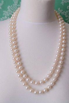 Hoi! Ik heb een geweldige listing op Etsy gevonden: https://www.etsy.com/nl/listing/527913210/vintage-pearl-als-witte-kralen-ketting