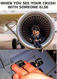 Airplane Humor, Airplane Pilot, Pilot Humor, Mechanic Humor, Aviation Quotes, Aviation Humor, Stupid Funny Memes, Haha Funny, Plane Memes