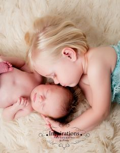 Newborn picture with older sibling. So sweet. Something like this w Kaitlin in middle of the twins?!?!