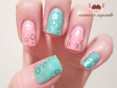 Cute new mani from 'chelle at Comestic Cupcake