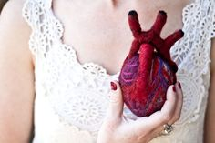 Are you so in love that you'd give your heart to your Valentine? here's the life-size felt anatomical heart by OnceAgainSam. Knitted Heart, Anatomical Heart, First Humans, Felt Hearts, Textiles, Needle Felting, Hand Knitting, Red And Blue, Crochet Earrings