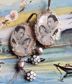 Lilygrace Romantic Couple Cameo Earrings von LilygraceOriginals