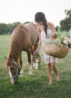 summer wedding with horses | Wedding
