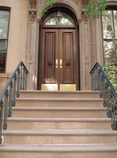 Sex & the City: Carrie Bradshaw's brownstone (66 Perry Street, NYC--definitely NOT the Upper East Side; it's the West Village!) ... via cherishtoronto on Flickr