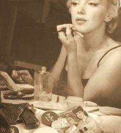 Marilyn Monroe Makeup totally in depth