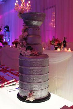 Hockey Wedding Ideas- Brittney Thorndyke this is your future cake!