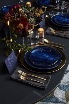 Dramatic Colour Palette | Galaxy  Dining