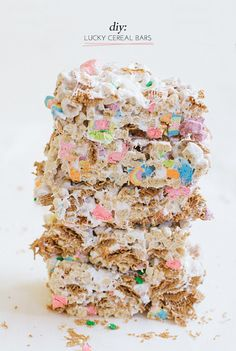 Lucky (no-bake) cereal bars (perfet for St. Patty's day!)