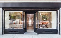 Designer and artist Jordana Maisie creates a modern and minimal interior for FEIT 's latest store in New York City's West Village. Design Shop, Store Design, Icon Design, Blog Design Inspiration, Retail Concepts, West Village, Building Design, Interior Architecture, Facade
