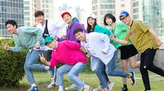 Watch full episodes free online of the tv series Running Man - 런닝맨 with subtitles. Running Girl Meme, Running Girl Tattoos, Running Man Cast, Running Man Korean, Running Humor, Running Women, Running Man Members, Korean Variety Shows, Korean Men