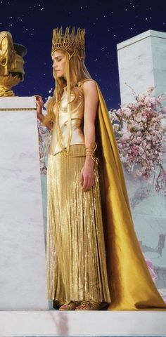 """#IsabelLucas as Athena in """"Immortals"""", directed by Tarsem Singh. Costumes by #EikoIshioka"""