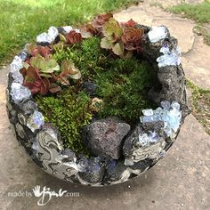 Rock and Concrete Geode Orb Planters - Made By Barb - easy Crystal DIY Geodes to plant moss gardens Rock and Concrete Geode Orb Planters - Made By Barb - easy Crystal DIY Geodes to plant moss gardens Concrete Crafts, Concrete Garden, Concrete Planters, Concrete Projects, Succulent Planter Diy, Diy Planters, Mosaic Flower Pots, Mosaic Pots, Mosaic Garden