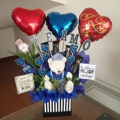 Balloon Bouquet, Balloon Arch, Balloons, Balloon Decorations Party, Birthday Decorations, Diy Birthday, Birthday Gifts, Mather Day, Surprise Box