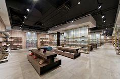 Gallery - Shoe Gallery / Plazma Architecture Studio - 2