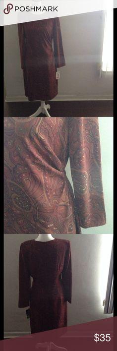 "David Warren dress.            NEW Fully lined long sleeved sheath dress. Shirred on the right side. Maroon paisley print.  36"" from shoulder to hem. David Warren Dresses"