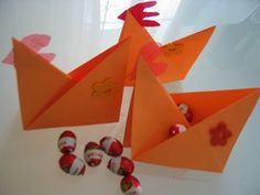 really easy folded rooster except I would use yellow paper I think...