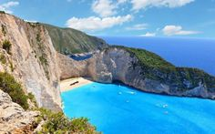 Navagio beach shipwreck beach Zakynthos Greece review Top Hotels, Hotels And Resorts, Amazing Destinations, Holiday Destinations, Global Holidays, Best Bucket List, Siargao Island, Zakynthos Greece, Water Villa