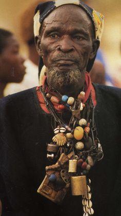 dogon shaman, mali