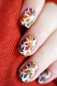 40 Tough to Paint Nail Art Ideas Edition) Want to be different? Go the tougher way. Tough to paint nail art ideas is something that may require more efforts but will definitely fetch you compliments Thanksgiving Nail Designs, Thanksgiving Nails, Seasonal Nails, Holiday Nails, Trendy Nails, Cute Nails, Nagellack Design, Fall Nail Art Designs, Nail Art For Fall